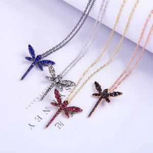 Chic Crystal Dragonfly Pendant Necklace
